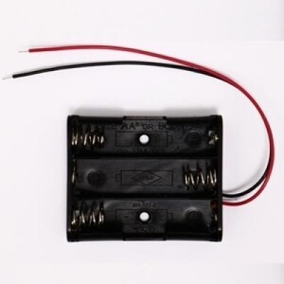 電池盒(輸出4.5V) (可裝3號電池3顆)
